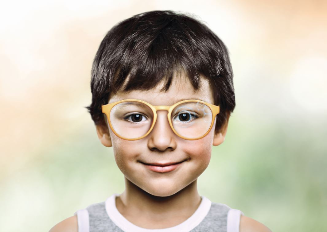 MyoSmart lens with D.I.M.S. Technology to reduce myopia progression in myopic children and teenagers