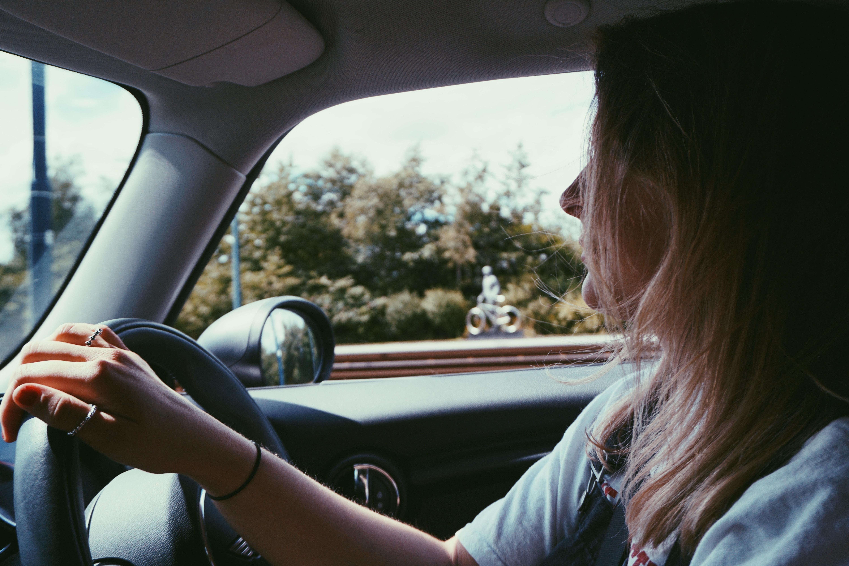 Problemi frequenti alla vista durante la guida